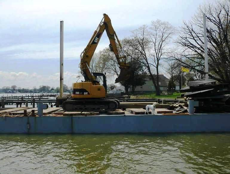 Dredge and Dock - MARINE CONSTRUCTION: (410)-335-7051